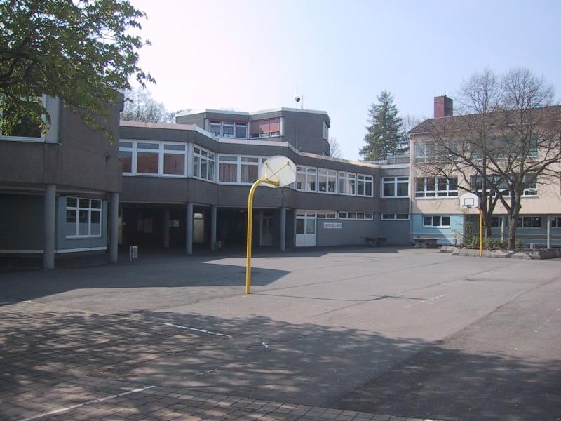 Bardoschule3