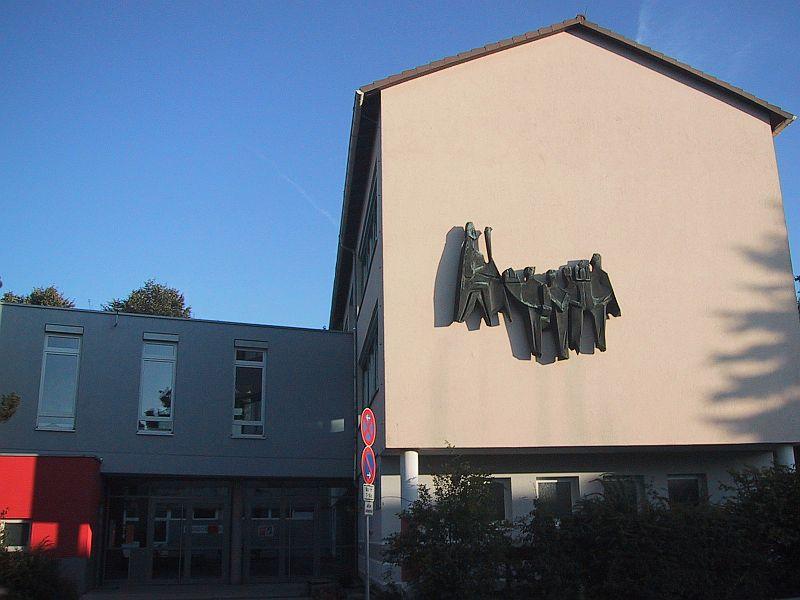Bardoschule Haupteingang